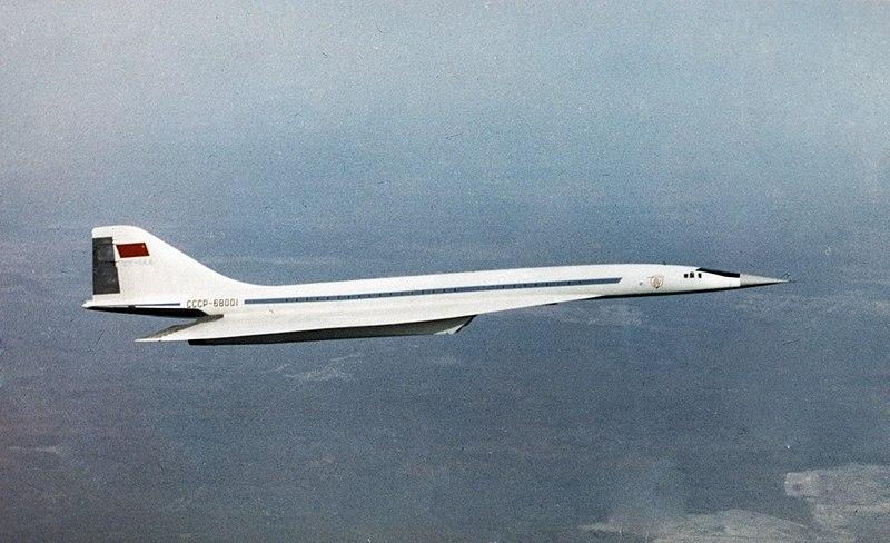 800px-RIAN_archive_566221_Tu-144_passenger_airliner.jpg