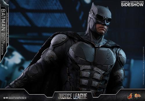 dc-comics-justice-league-batman-tactical-batsuit-version-sixth-scale-hot-toys-903119-21.jpg