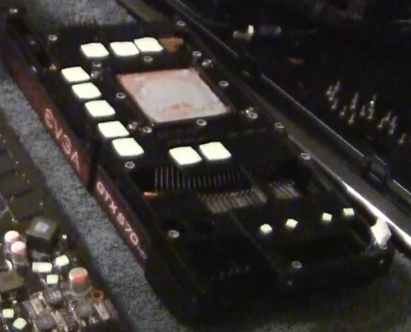 EVGA.GeForce.GTX.570.Stock.Cooler.back.jpg