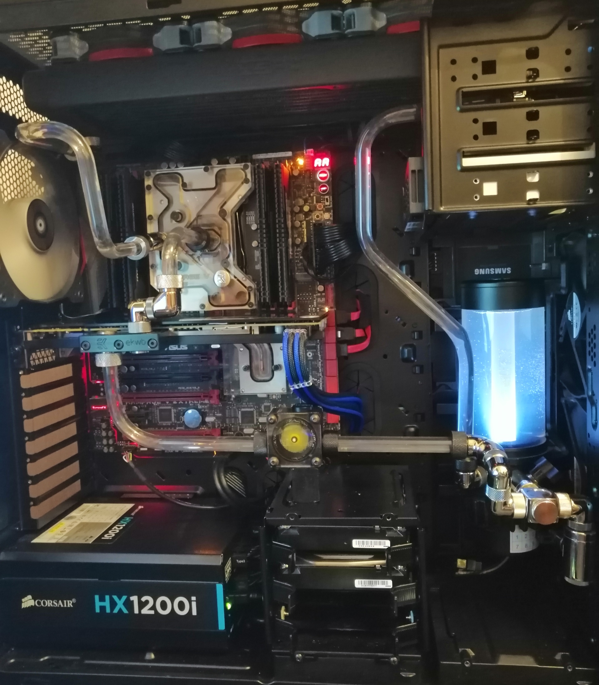 Mickey: Which Cpu/mobo to be kept [IMG]