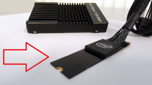 Intel_Optane_SSD_905P_connections.png