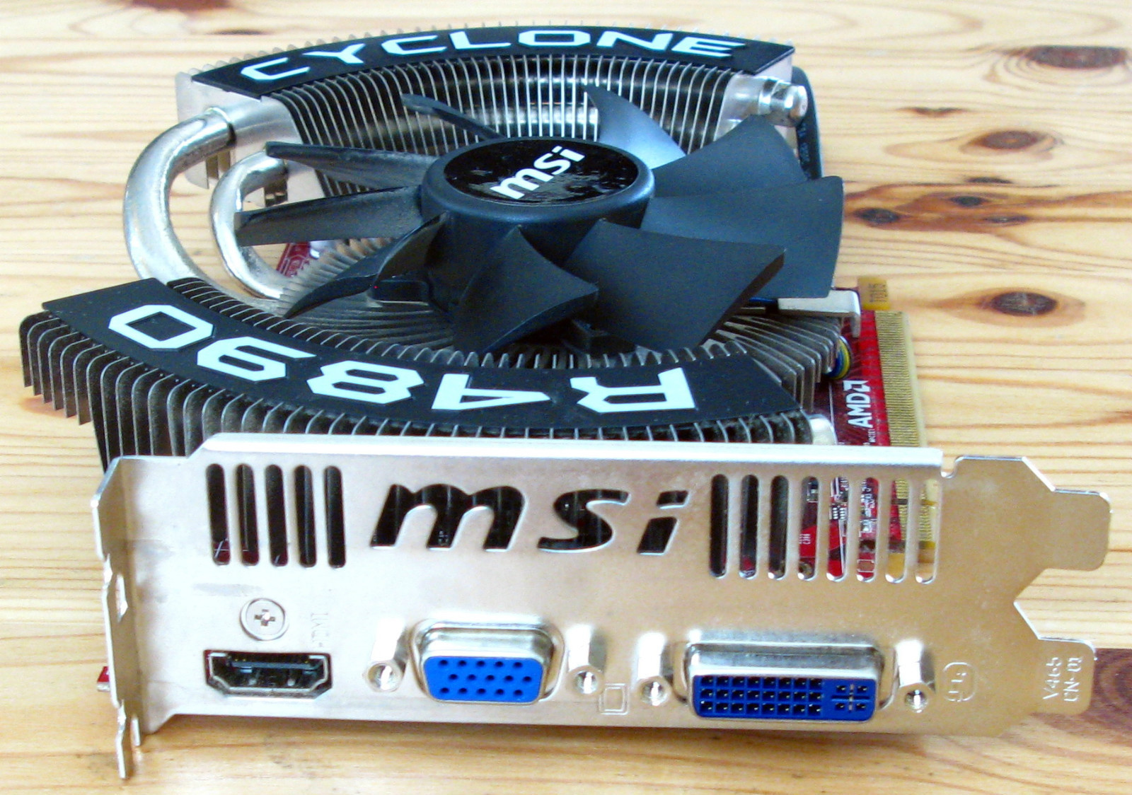 MSI Cyclone Radeon HD4890 OC.jpg