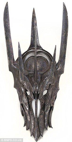 Sauron helmet.jpg