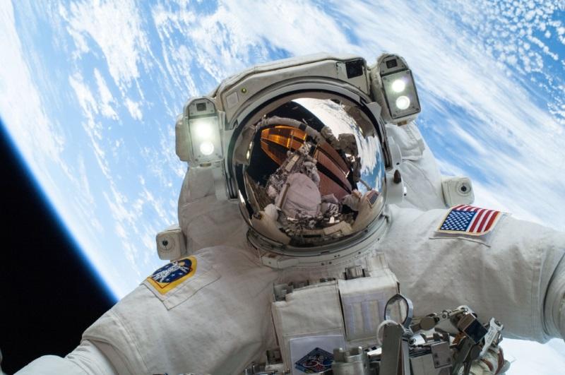 space_selfie.jpg