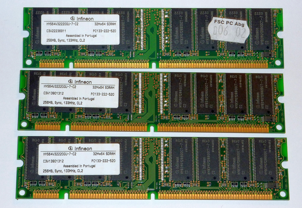 SS7 3x 256MB Infineon PC133  CL2 1200.jpg