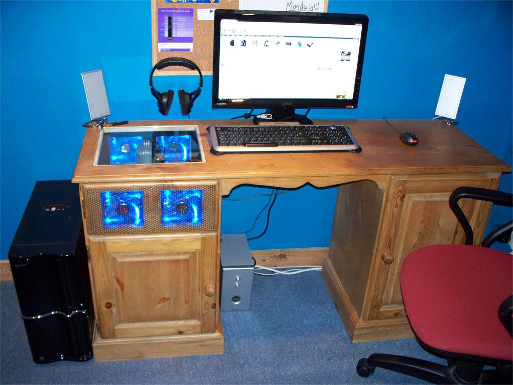 Как сделать компьютер стол своими руками 32
