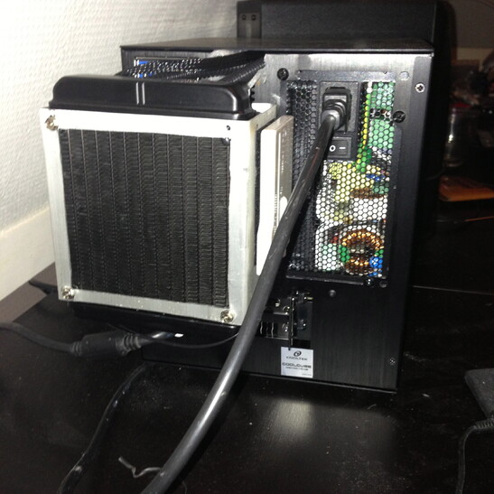 Case Gallery Mini Itx Gaming Rig Techpowerup Forums