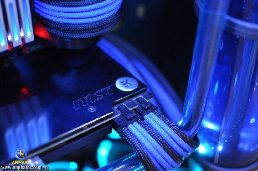 Blue Ocean Pc For His Child With Inwin 909 Techpowerup