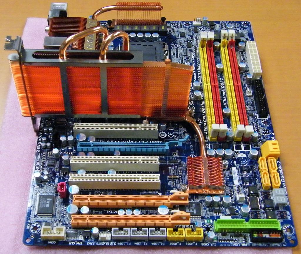 http://www.techpowerup.com/img/08-04-22/news_gigabyte_ep45_extreme_2_full.jpg