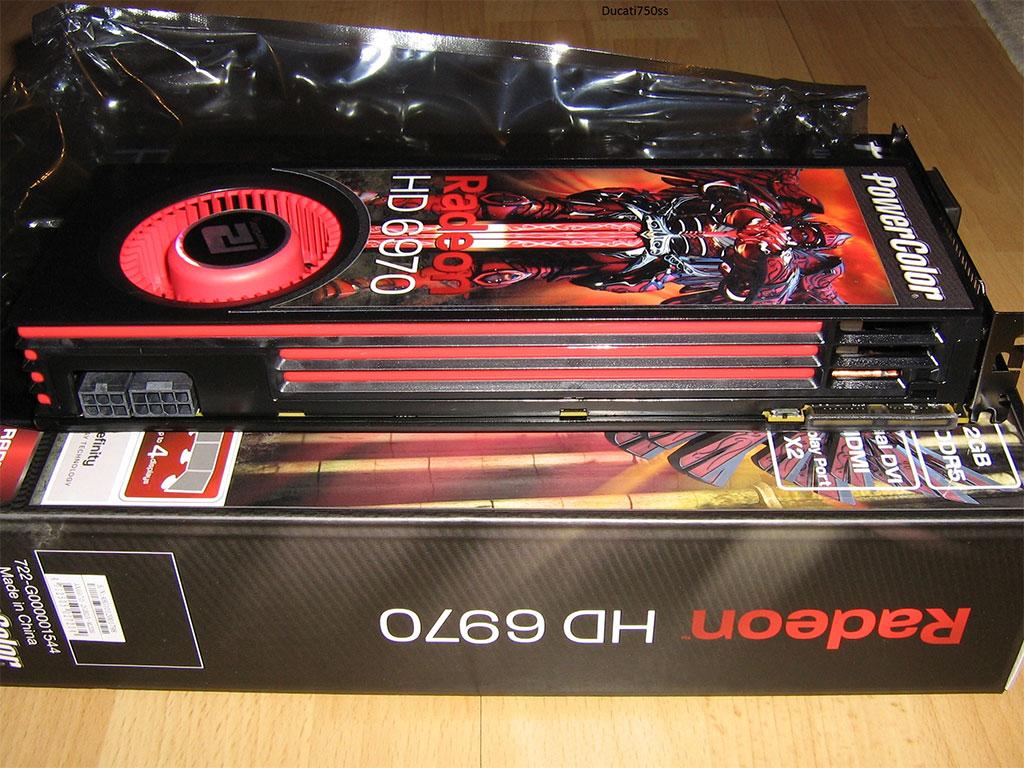 Amd Radeon Hd 6970 Crossfirex Foto S: PowerColor Radeon HD 6970 Pictured