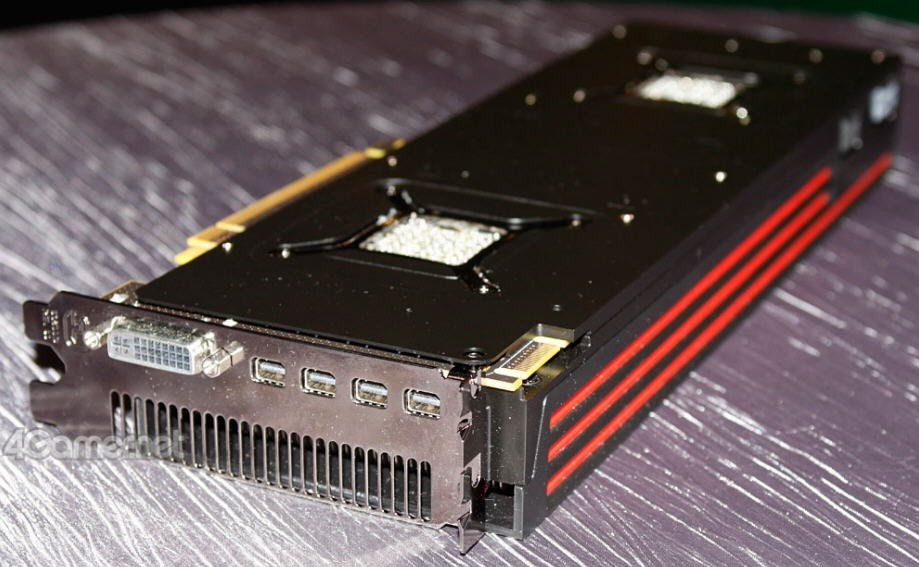 AMD Radeon HD6990 First Close Pictures 201c