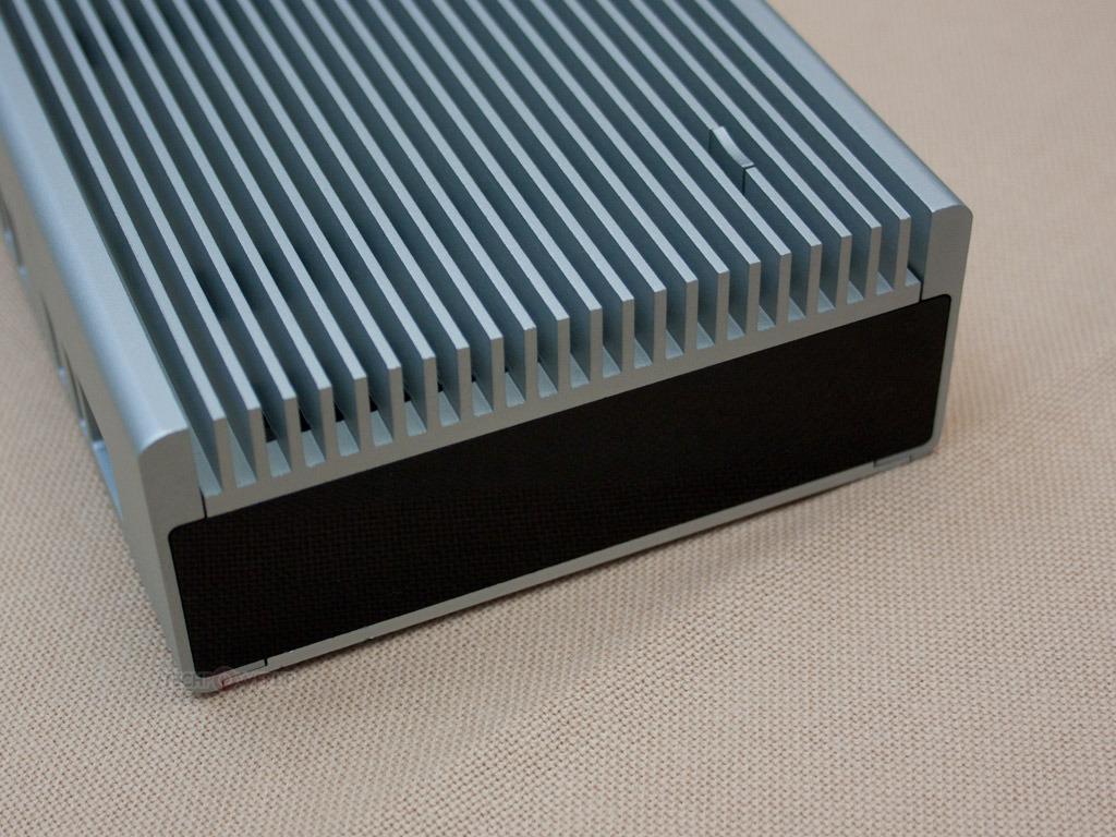 SilverStone designs a fanless case for Intel's NUC mini-computer ...