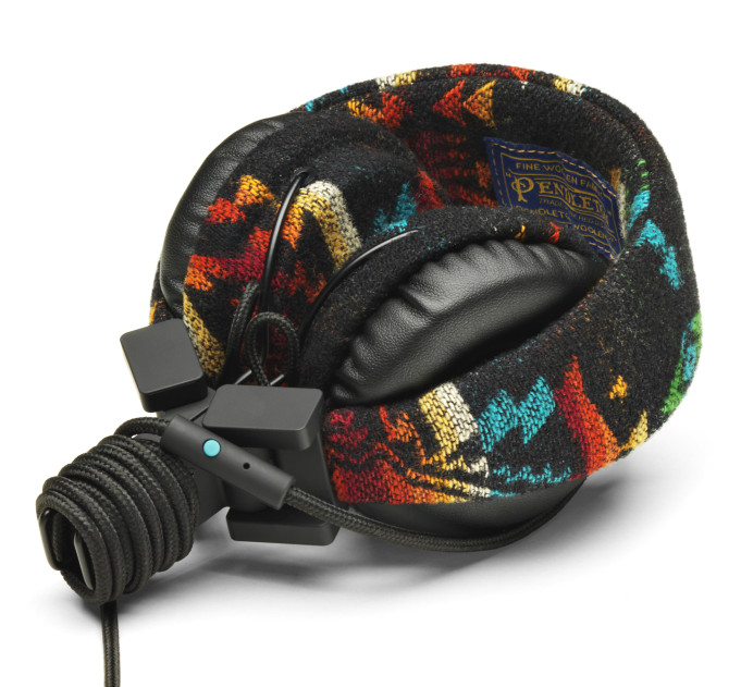 urbanears headphone case