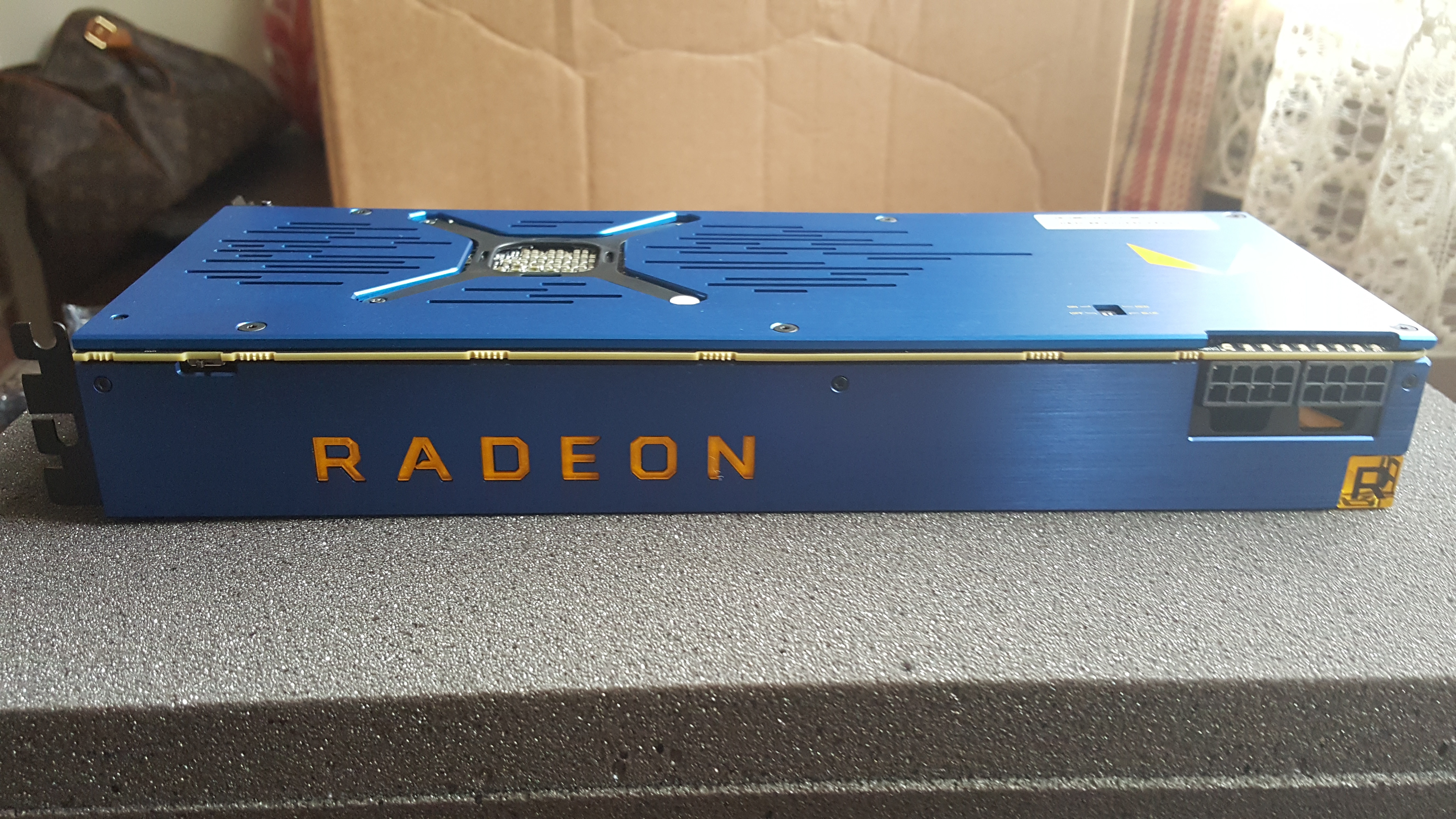AMD Radeon Pro Vega Frontier Edition Unboxed Benchmarked