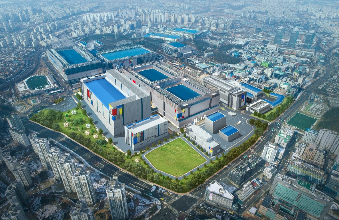 Samsung Successfully Completes 5nm EUV Development | TechPowerUp