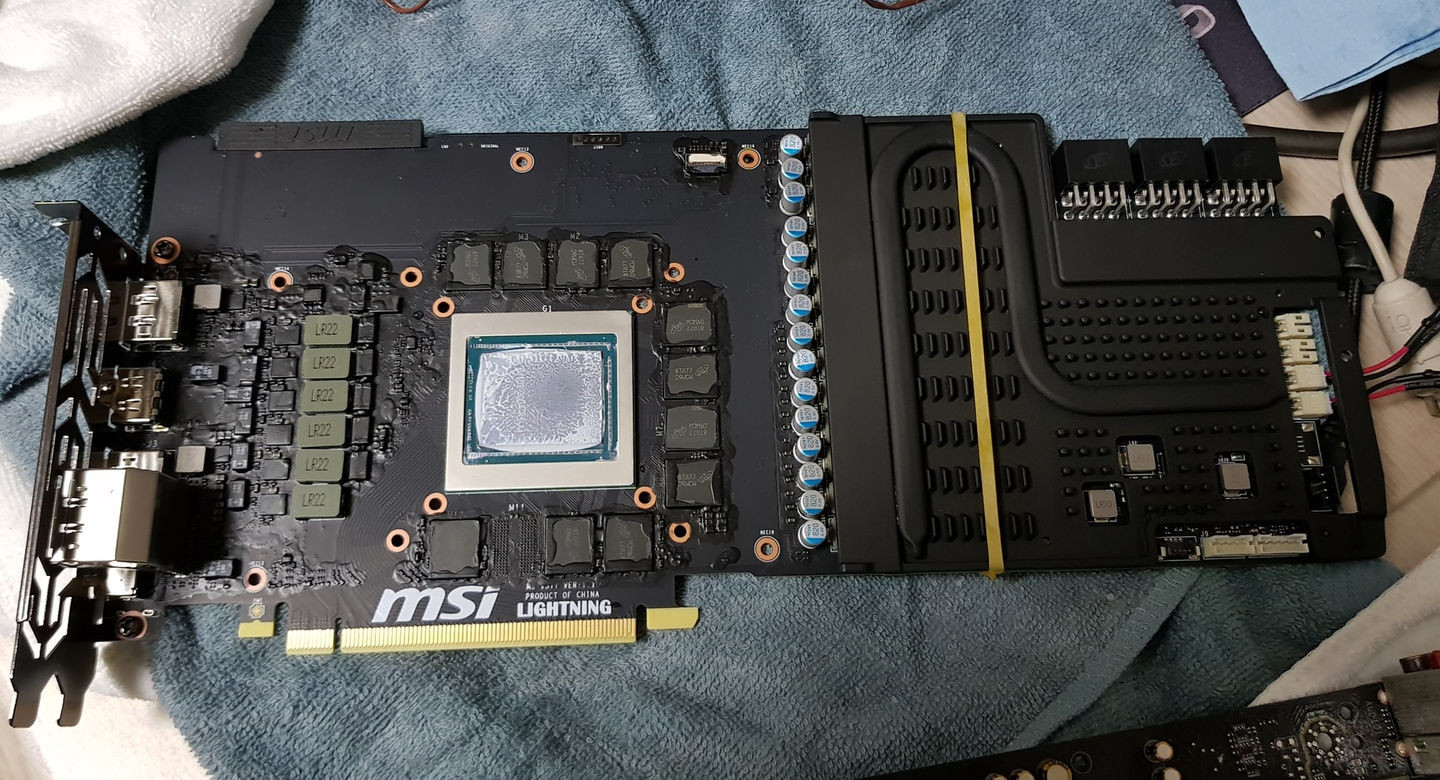 MSI GeForce RTX 2080 Ti Lightning Z PCB Pictured, Overclocked to