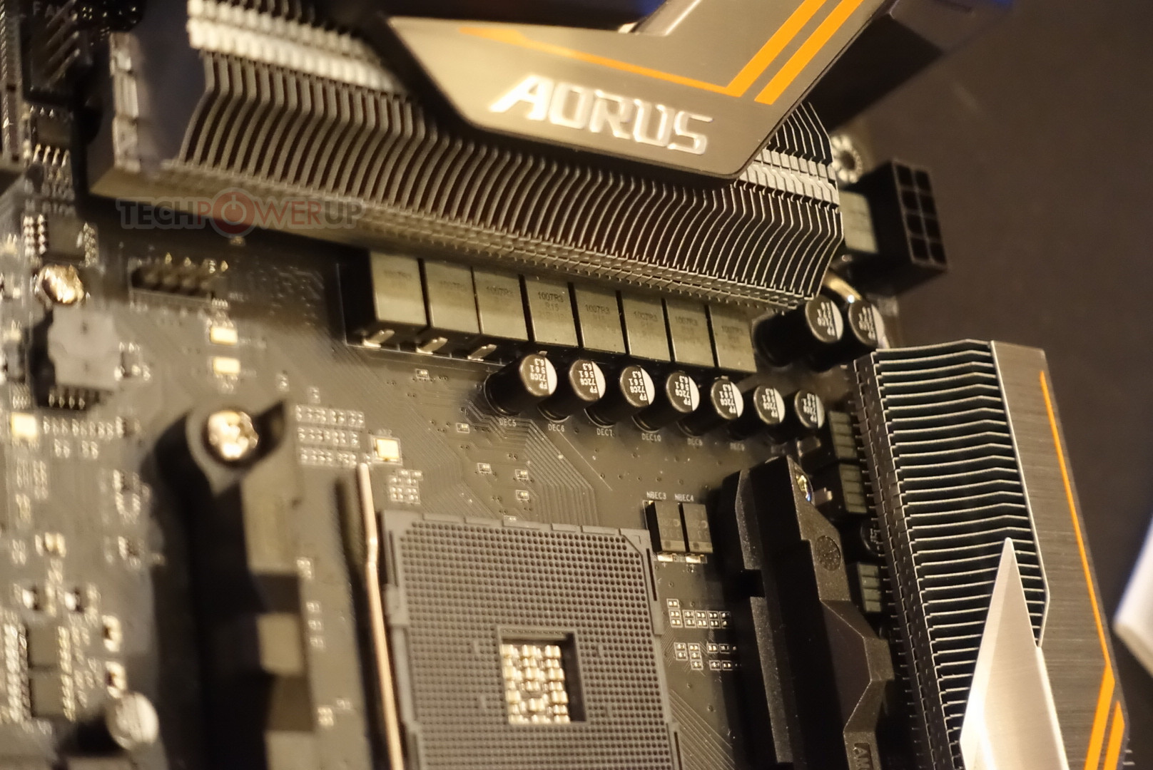 More Pictures of GIGABYTE Aorus X470 Gaming 7, Because Moar