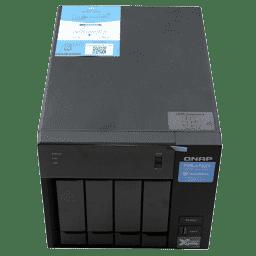 QNAP TVS-472XT THUNDERBOLT 3 4-Bay NAS Review