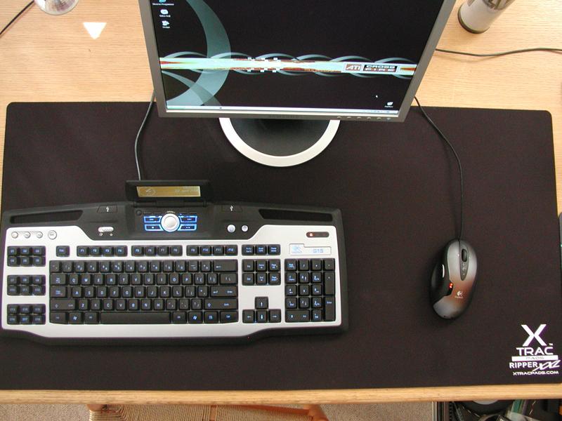 http://www.techpowerup.com/reviews/XTracPads/RipperXXL/images/xxldesk.jpg